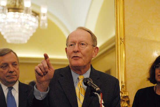 'We'll consider' overturning overtime pay expansion, says GOP senator Sen. Lamar Alexander (R-TN)