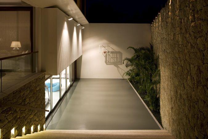 JH House / Bernardes + Jacobsen