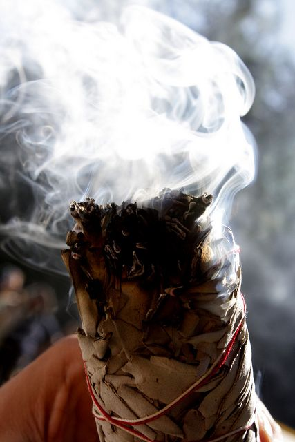 The smudge stick is something often seen in modern day spiritual practices, but what of its storied past in North America? Read on to learn its history. http://sunnyscope.com/history-smudge-stick-north-america/
