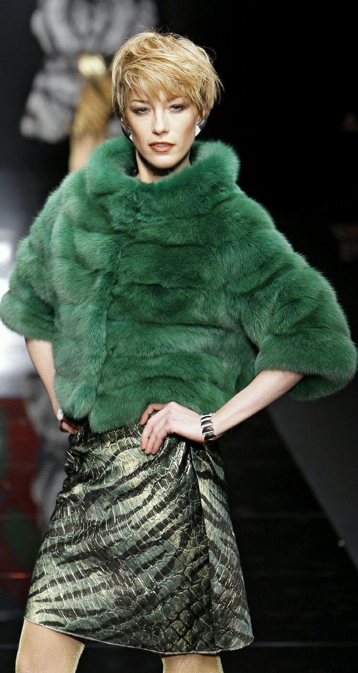 i don't like fur though it looks beautiful Carlo Tivioli