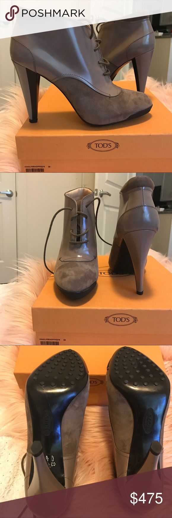SALE❣️ $130 Tod's Patent & Suede Boots. These new in box, authentic, Tod's Booties are an absolute must have for every wardrobe. Absolutely pristine, and feature a rubber sole. If you're intimidated by high heels, don't be. The rubber sole makes these super easy, and comfortable to walk around in. Size 9 (Size 39). IMO, Tod's run true to US size. All my orders are packaged with love and shipped ASAP. Need gift wrapping? Add my gift wrapping service to your bundle. Over your budget? Just send…