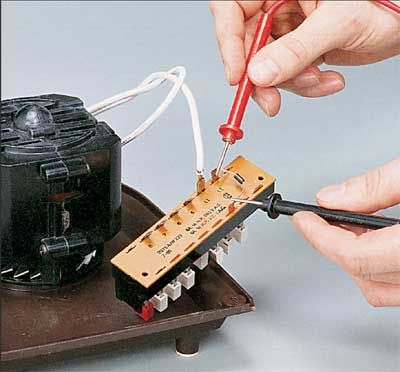 """HowStuffWorks """"How to Repair Small Appliances: Tips and Guidelines"""""""