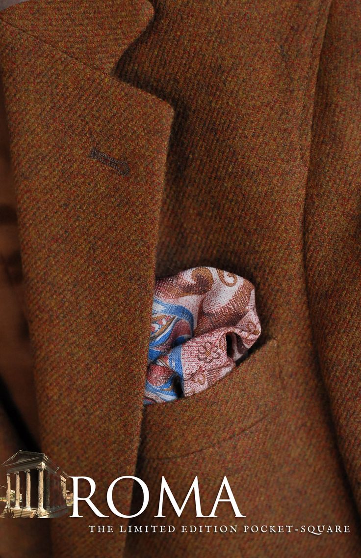 The new limited edition pocket-square inspired by ancient roman paintings, by ENASONI.