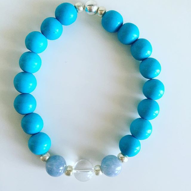 ♒️ Aquarius bracelet: Blue Howlite, Aquamarine, Clear Quartz, Czech rocailles, Silver Price EUR 20 (plus EUR 4 for international registered shipping, and EUR 4 for optional gift package). For your personal bracelet, contact me on e-mail in bio.  #bracelet #bracelets #semipreciousstones #aquarius #zodiac #sign #howlite #blue #aquamarine  #clearquartz #armcandy #armparty #jewellery #jewelry #jewellerymaking #jewellerybrand #jewellerydesign #czechbrand #ombljewellery #dowhatyoulove