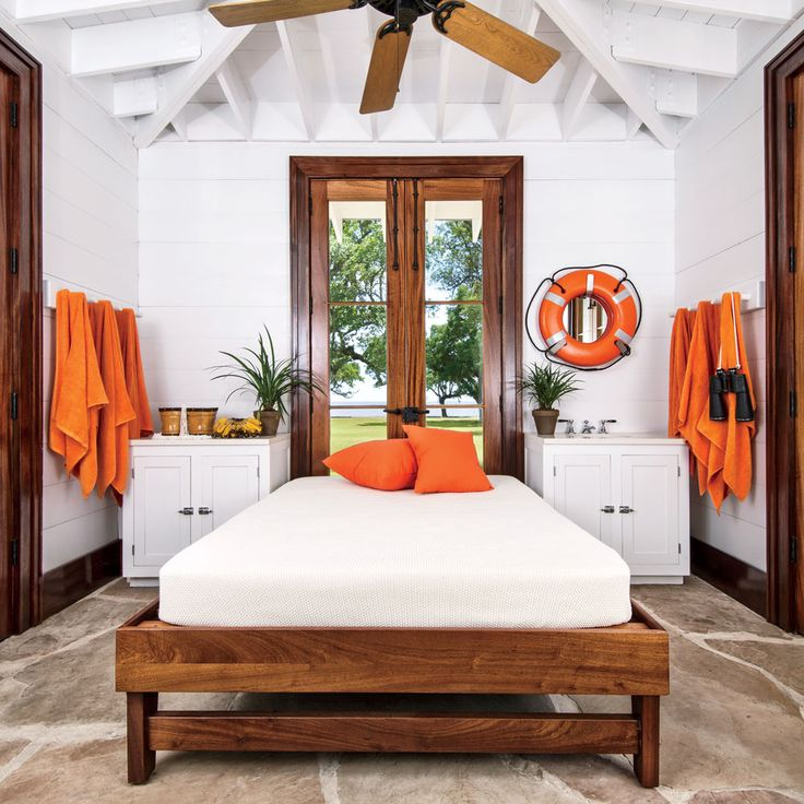 40 Charming Guest Bedrooms