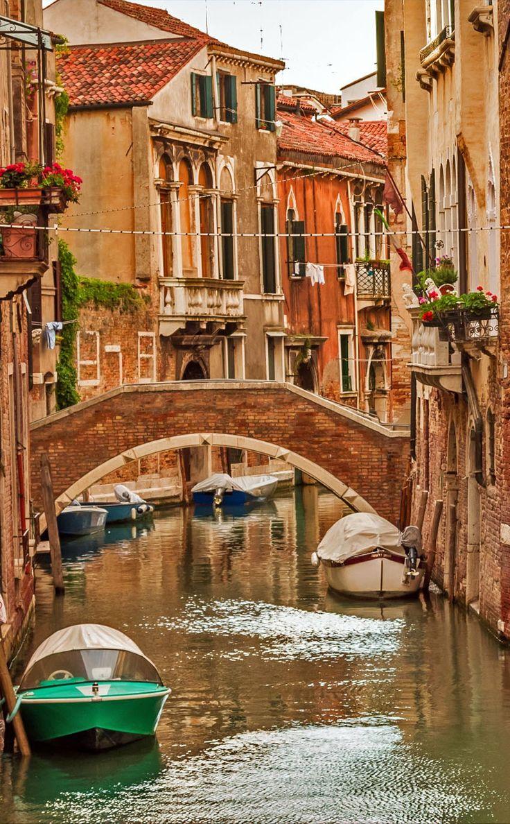 Исторические дома на Большой канал в Венеции |  10 удивительных мест в Италии, вам необходимо посетить