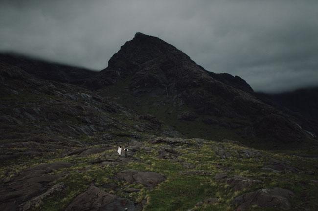 Secret Scotish Elopement on the Isle Of Skye: Laura + Damian | Spectacular photos!