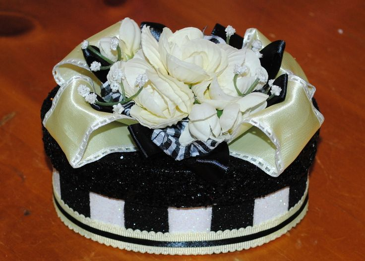 """""""The Kathie""""  GIFT BOX/Cake Topper, black and white and yellow combination makes this GIFT BOX  so beautiful. Place a GIFT CARD or a gift of jewelry inside and once opened, it then becomes a treasured keepsake......$15 #decoratedgiftboxes #handmadegiftboxes #decoratedboxes"""