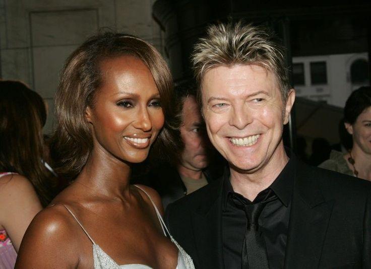 Iman Bowie, modelo e esposa de David Bowie, casada com o lendário músico por 23 anos, publicou uma série de mensagens comoventes no Facebook dias antes de sua morte.