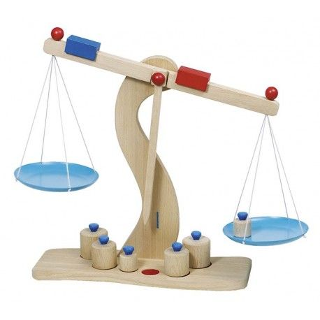 Dřevěná váha s kovovými miskami + 6 těžítek