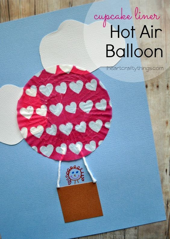 Make a Hot Air Balloon Kids Craft out of a cupcake liner. Fun spring or summer craft for kids. From iheartcraftythings.com