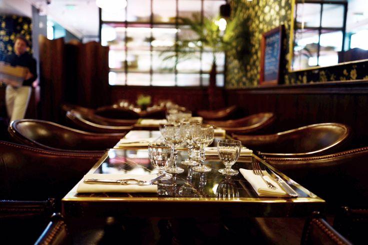 les 25 meilleures id es de la cat gorie bar branch paris sur pinterest bar terrasse paris le. Black Bedroom Furniture Sets. Home Design Ideas