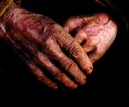 interesting hands | hands of an artist by algo