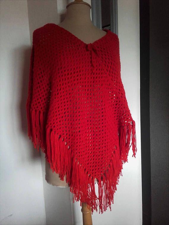 Châle poncho  rouge fait main au crochet
