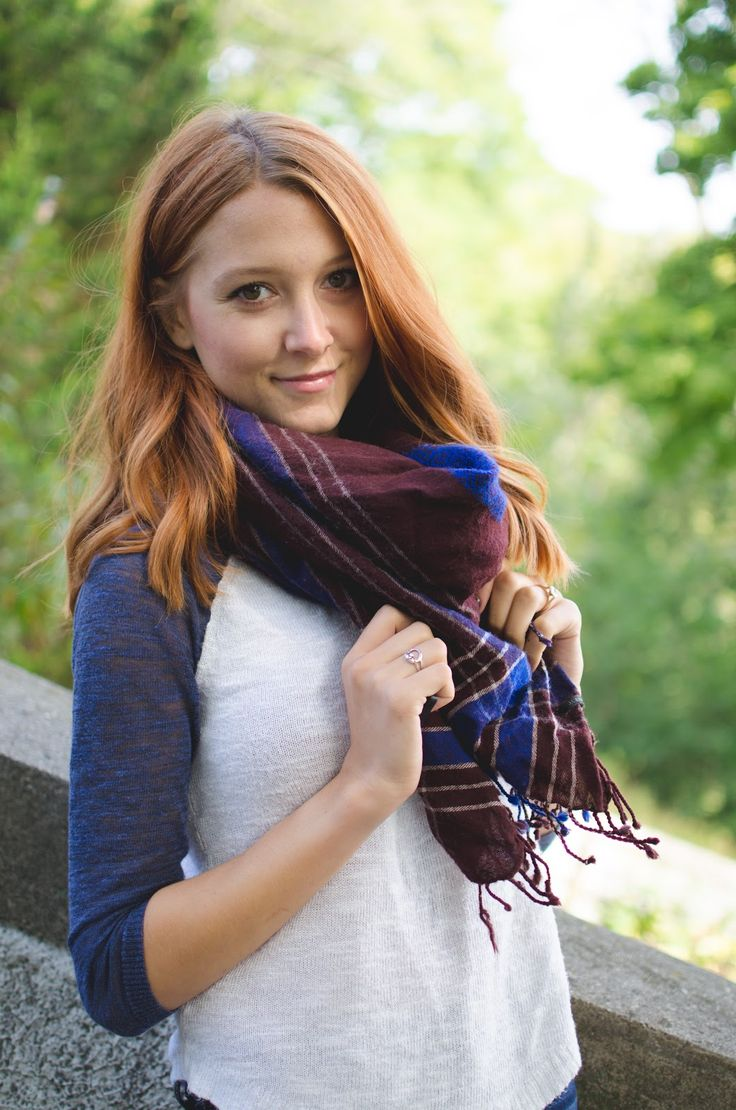 Beautyosaurus Lex // Autumn outfit inspiration. American Eagle Jeggings, J.Crew scarf and Nine West Booties // Alex Good