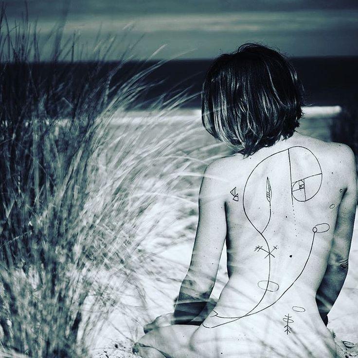 Ally #outofsteptattoo#outofstep#lionelfahyart#lionelfahy#lioneloutofstep#lioneloutofsteptattoo#tattoo#tatuajes#tatouage#tatuagem#taetowier#inkstagram#blackwork#blacktattoo#sanhugi#inkstagram#inkedlady#tattooedgirls#tattooedwomen