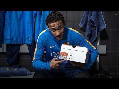 """Nike Futebol apresenta """"Ousadia & Alegria"""". A Hypervenom Edição Neymar. - YouTube"""