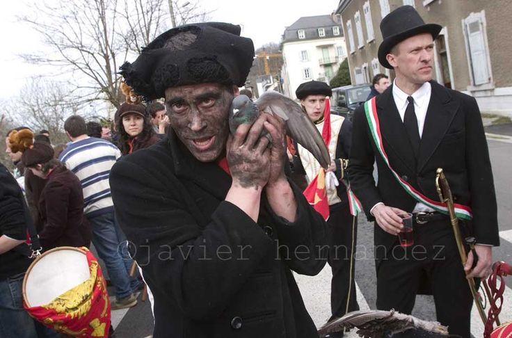 Maskaradak, Zuberoan (Tarbes). Basque Folk dance/Carnival of Soule (Basque Country)