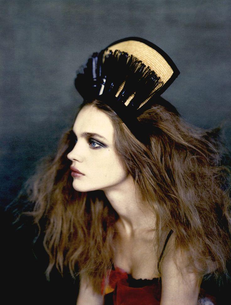 Natalia Vodianova; Paolo Roversi; Vogue Russia