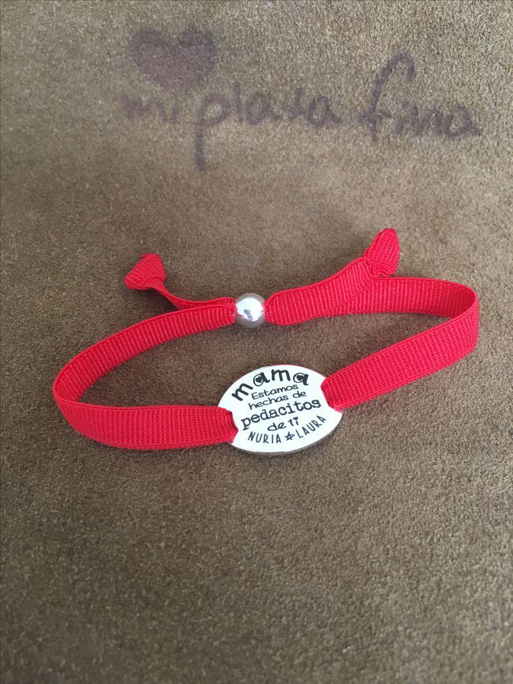 Pulseras en plata de ley personalizadas con el texto que tu quieras. Especial regalos para mama. #joyasquehablandeti #miplatafina