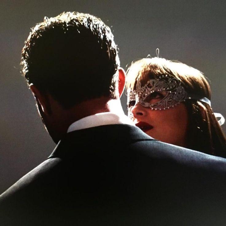 50 Sfumature di Nero Film: nuova foto di Christian e Anastasia