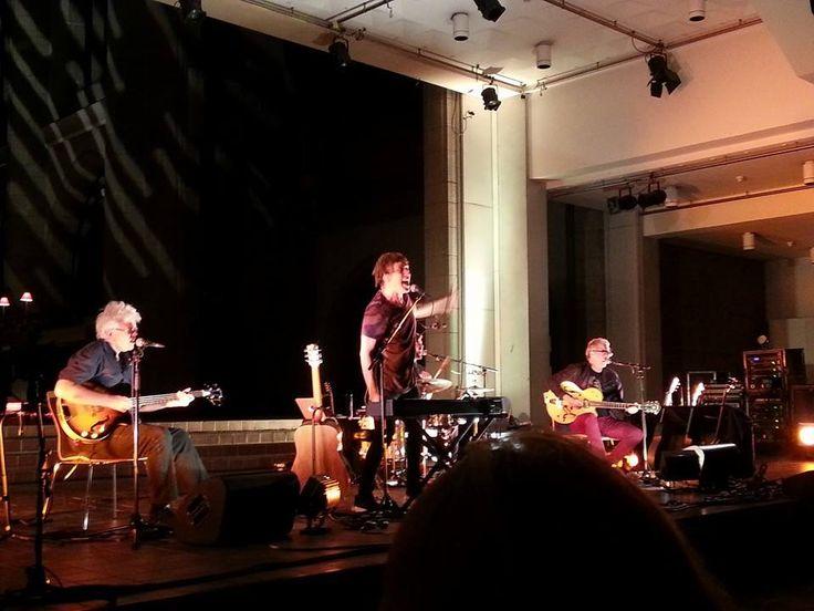 Dragon Acoustic Church New Zealand tour review