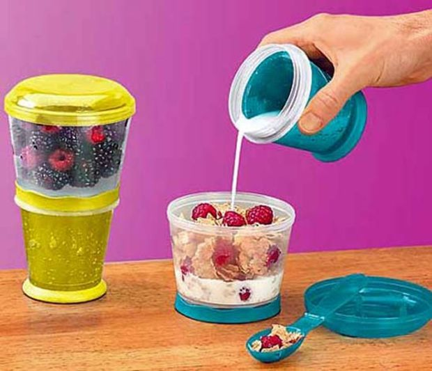 Amazon.com: Cereal On The Go Cup EZ Freeze Gel Travel Food Storage Snack Container Keeper