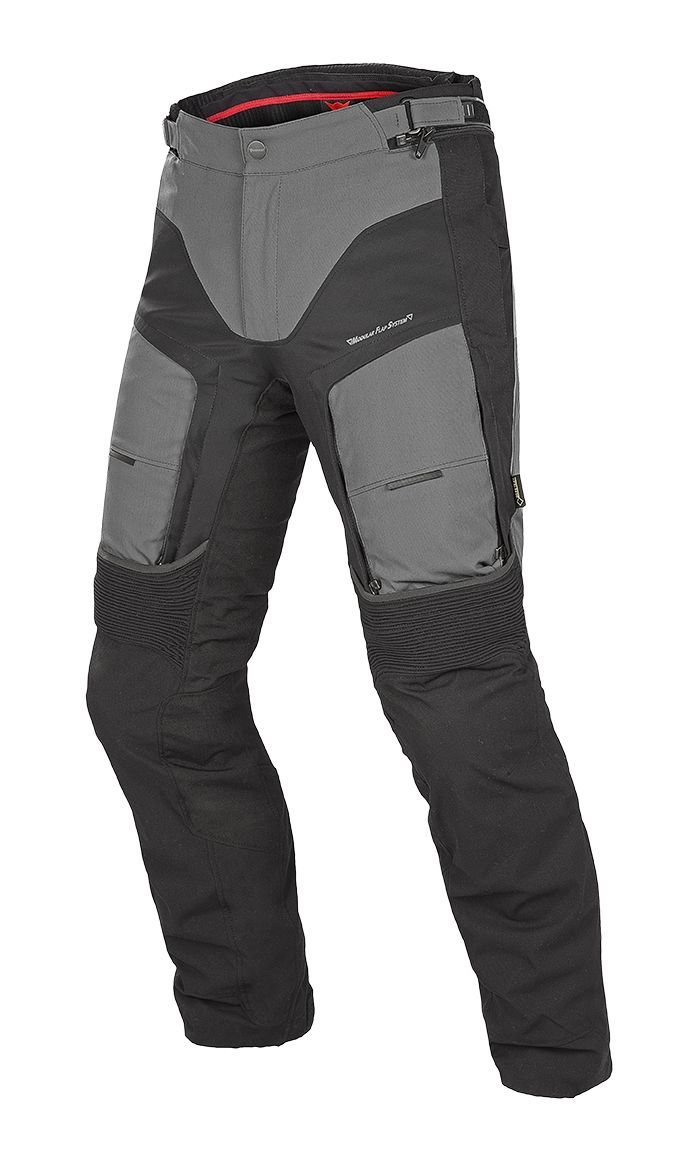 Motosiklet Pantolon Çeşitleri  Motosiklet pantolonları barındırdığı özellikler ve markasına göre çeşitlilik gösterse de temelde üçe ayrılmaktadır. Bunlar; deri pantolonlar, tekstil pantolonları ve Kevlar Kot olarak sınıflandırılmaktadır. Bayan motosiklet pantolonları ve erkek motosiklet pantolonları tasarım olarak birbirinden farklılık göstermektedir. En iyi ve en kaliteli bayan ve erkek motosiklet pantolon modellerini motoplus'tan alabilirsiniz. Yazının devamını linke tıklayarak…