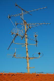 How to Build a Long Range TV Antenna