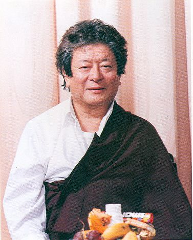Being a disciple without being one ~ Thinley Norbu Rinpoche http://justdharma.com/s/e82gy    I would like to be a disciple without being one, without hope of learning. I would like to find through my good karma, auspicious dreams, searching, or through friends, an intelligent and expert, powerful wisdom teacher to show me the truly correct path until the final result. It does not matter if he teaches in a hierarchical style, if he is a gypsy, a beautiful or terrible lady, a monk or nun, a…
