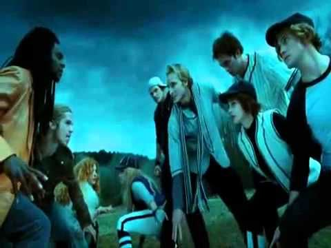 ▶ Supermassive Black Hole - Twilight music video - YouTube