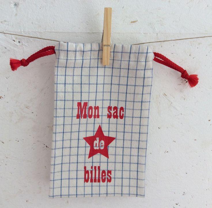 """Pochon """" Mon sac de billes """" blanc cassé à carreaux bleus : Sacs enfants par fleur-de-laine"""