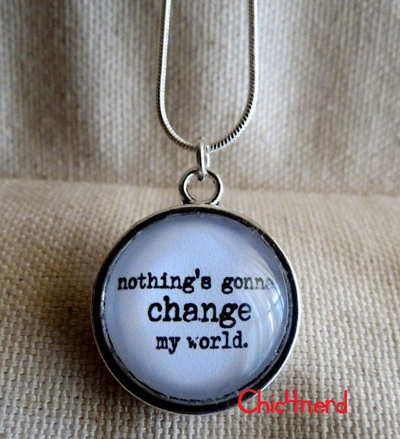 "ciondolo cameo 20mm  The Beatles_Across The Universe ""Nothing's gonna change my world"" #chic4nerd #pendant #beatles"