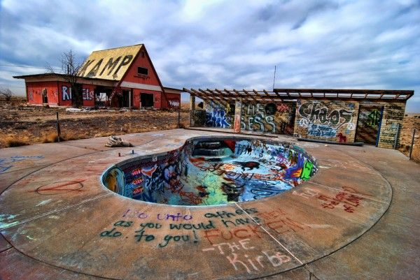 91 best images about abandonn piscine on pinterest ruins chadderton and university of for University of arizona swimming pool