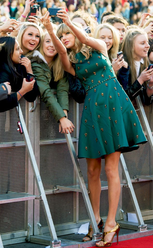 We are obsessed with Taylor Swift's dress! So pretty! #fashion