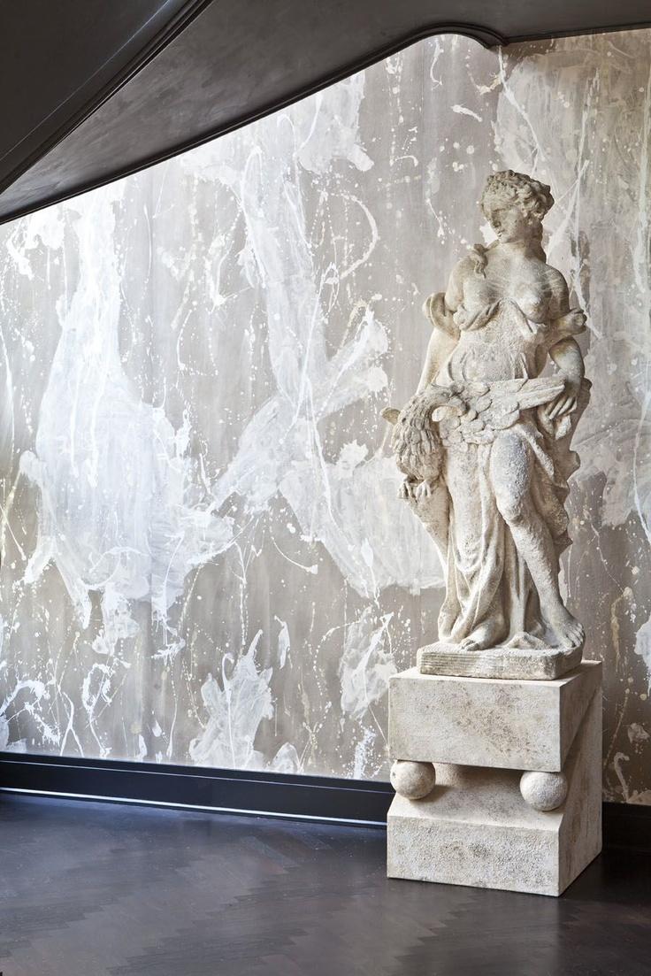 KELLY WEARSTLER   INTERIORS. Evergreen Residence, Grand Stairway statue