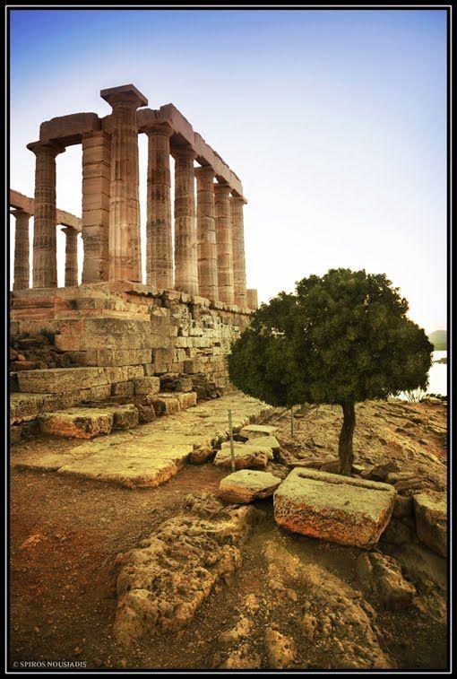 Ναός του Ποσειδώνα - Temple of Poseidon by Spiros Nousiadis