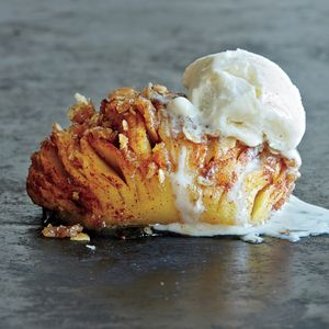 Hasselback Apples | MyRecipes.com Choose firm apples with sweet-tart flavor, such as Pink Lady or Honeycrisp; in our tests, Fuji and Granny Smith fell apart.