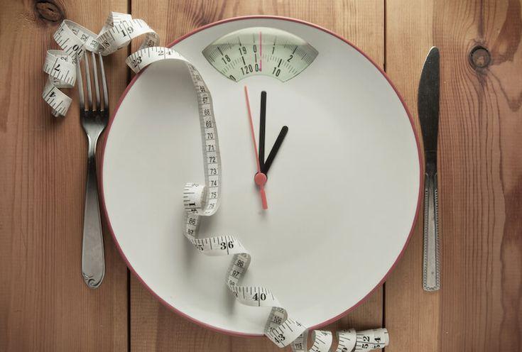Postul intermitent – intermittent fasting