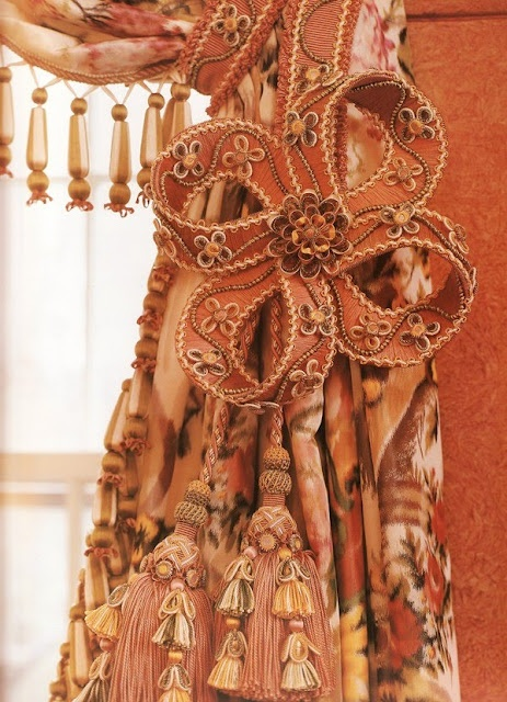 18th century dress 10 handpicked ideas to discover in other for 18th century window treatments