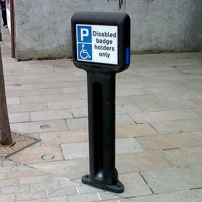 Infomaster™ Bollard is a sign carrying bollard for larger rectangular sign faces. Ideal for displaying 661A disabled badge holder signs or enforcing other parking restrictions. #GlasdonUK #Bollard #SignFace #InformationBollard