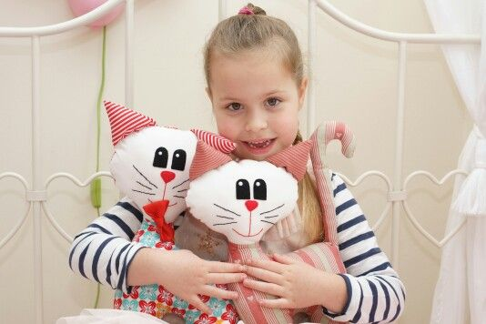 Cat pattern pdf. Children room decoration.