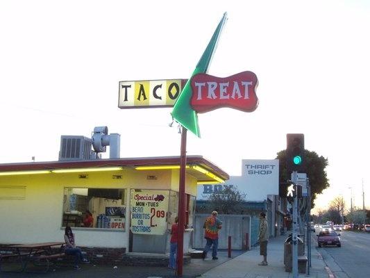 Food Trucks In Pasadena Ca Today
