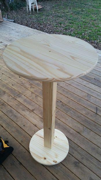 Bar Height Pub Table - Cheap! | Bar table diy, Woodworking ...