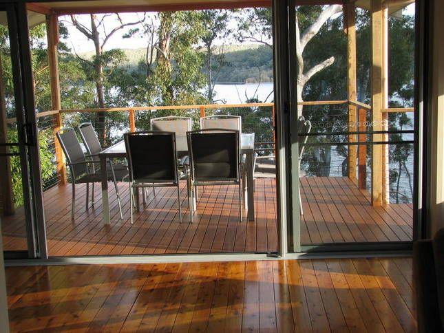 Jemma's on the Lake (Lakefront), a Smiths Lake House | Stayz