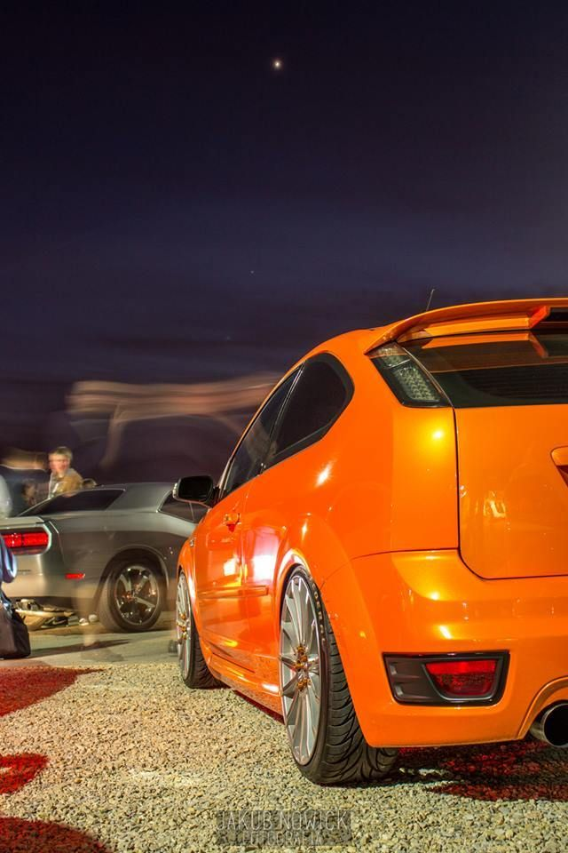 Electric Orange Ford Focus ST mk2 before facelifting from Poland / Kraków