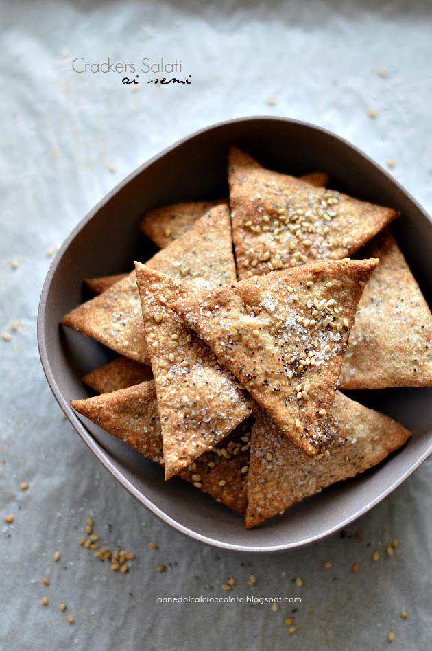 PANEDOLCEALCIOCCOLATO: Crackers Salati ai semi Con questa ricetta partecipo alla raccolta #vogliadi #solo5ingredienti http://panedolcealcioccolato.blogspot.it/2014/01/crackers-salati-ai-semi.html#.UtV-ZP3Zbnc