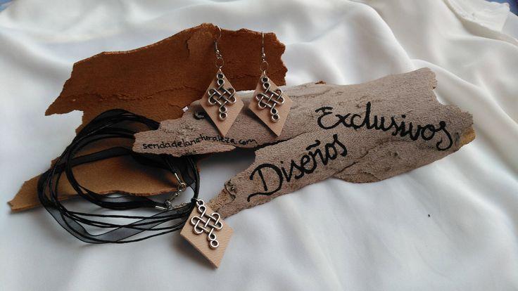 Conjunto de collar y pendientes de cuero y nudo celta de FenixArteSana en Etsy