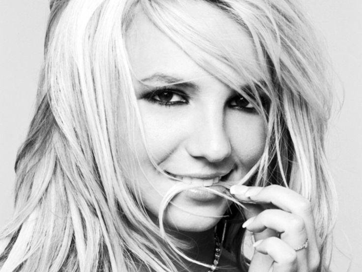RCA Records Exec Joe Riccitelli Talks About Britney Spears! http://absolutebritney.com/rca-records-exec-joe-riccitelli-talks-about-britney-spears/?utm_campaign=crowdfire&utm_content=crowdfire&utm_medium=social&utm_source=pinterest
