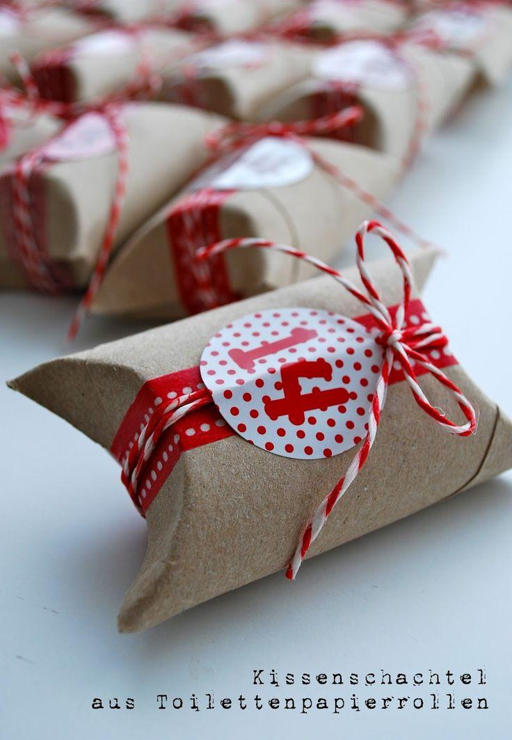 Ganz einfach und wunderschön - ein Upcycling-Adventskalender von mamas kram: Adventskalender aus Toilettenpapierrollen